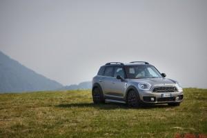 Mini Cooper SE09