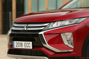 Eclipse Cross 06