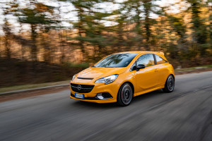 Opel Corsa GSI-2