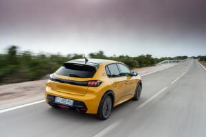 PEUGEOT 208 posteriore-giallo
