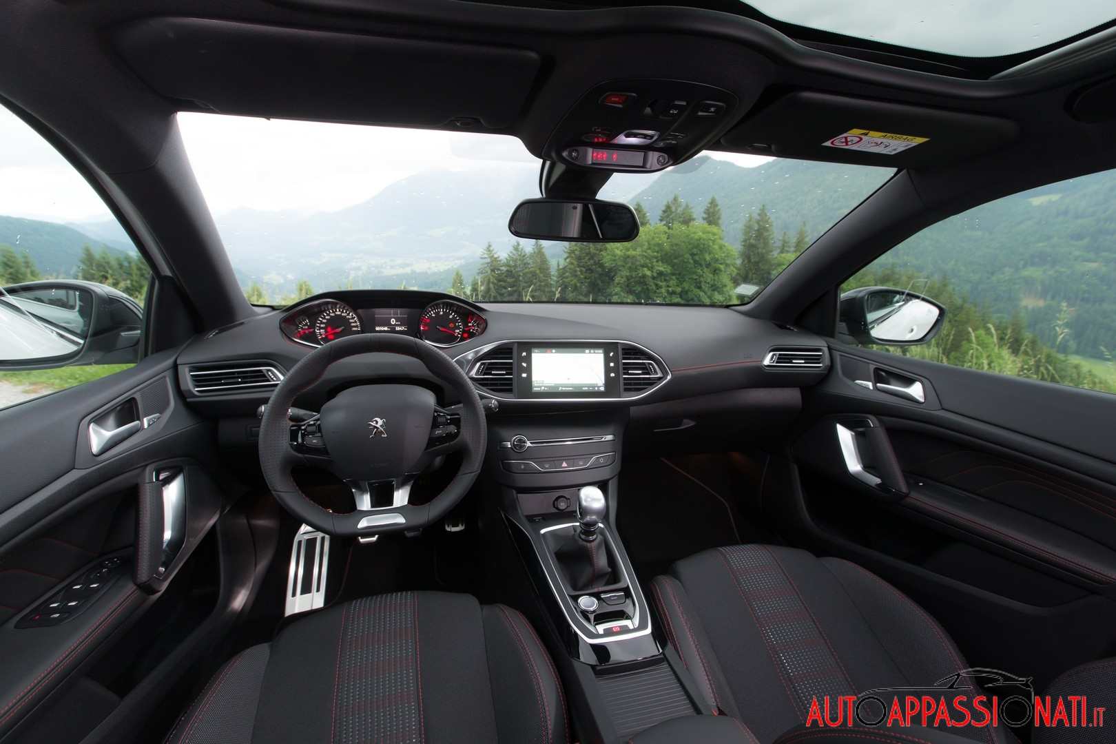 Peugeot 308 2017 interni