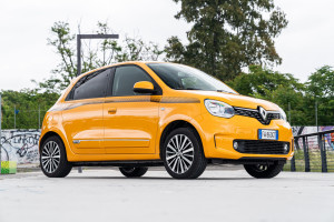Renault-Twingo-2019-giallo-mango