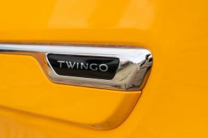 Renault-Twingo-2019-scritta